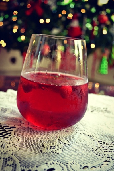 holiday drink, recipe, holiday cocktail, party drink recipe, winter cocktail