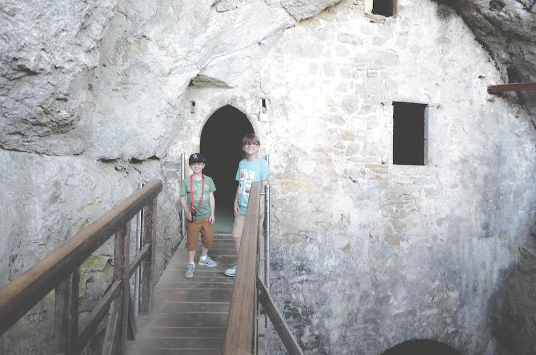 Postonjna Cave & Predjama Castle