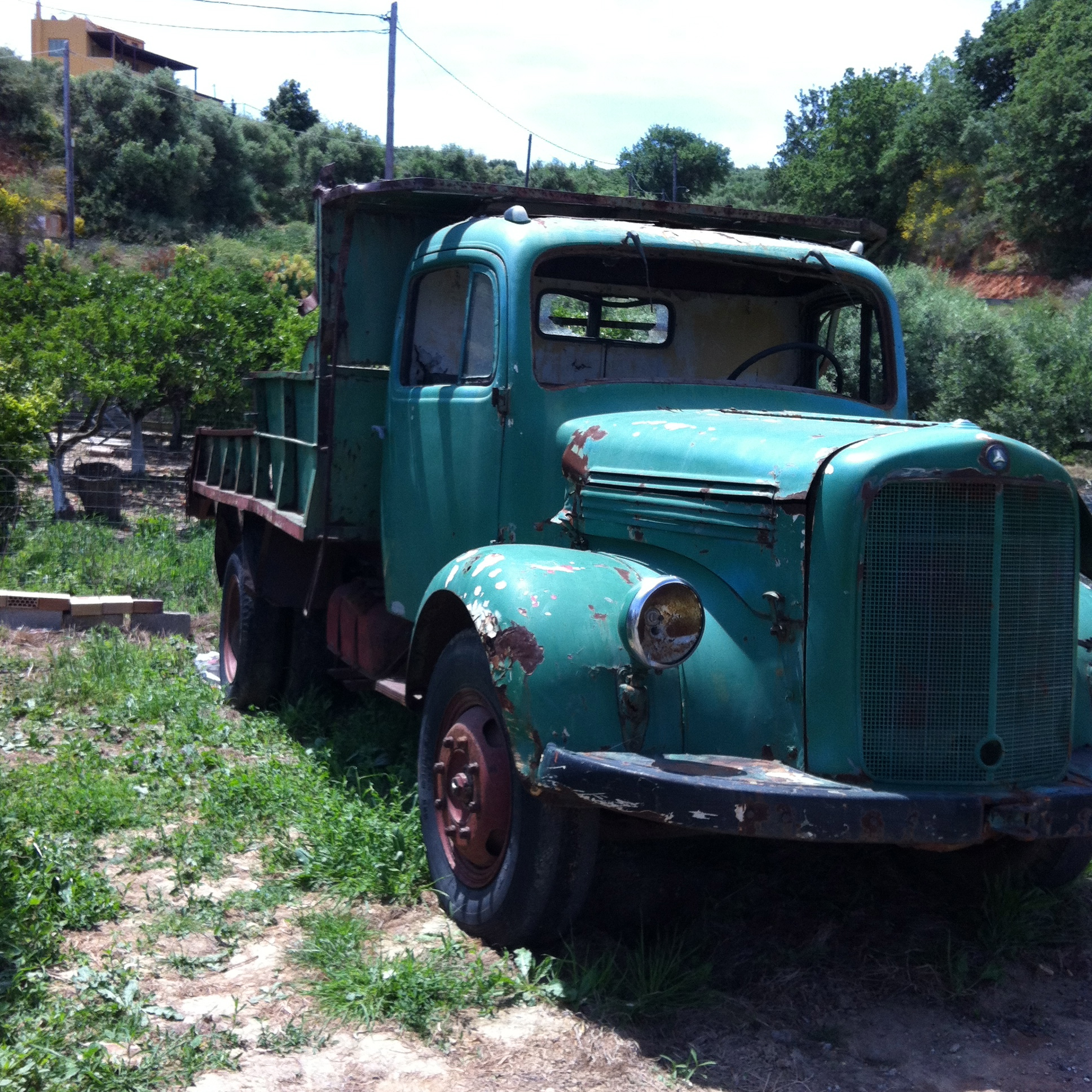 old truck turqoise