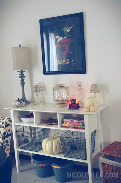 console table ikea, fall decor, wire baskets, white pumpkin decor, shabby chic, cottage, halloween, decor