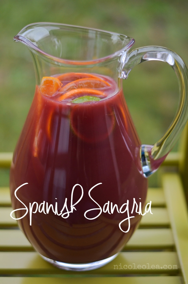 Spanish Sangria, Sangria espanola, sangria recipe, fruit sangria, red wine sangria