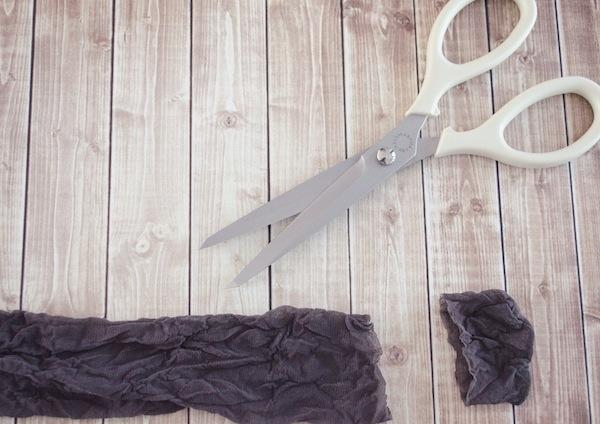 How to make a hair scrunchie, How to make a hair tie, DIY hair tie